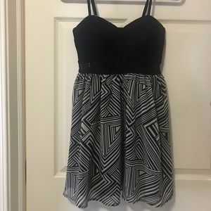 Material Girl Black/White Spaghetti Strap Dress